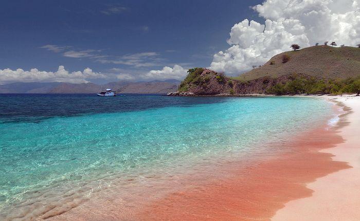 bahamas_harbor_pink-sands-beach